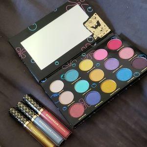 Hipdot x Spongebob Eyeshadow Palette & Lip Gloss